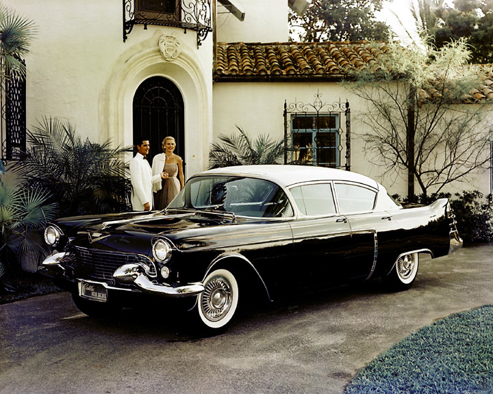 1954_Cadillac_Park_Avenue_01