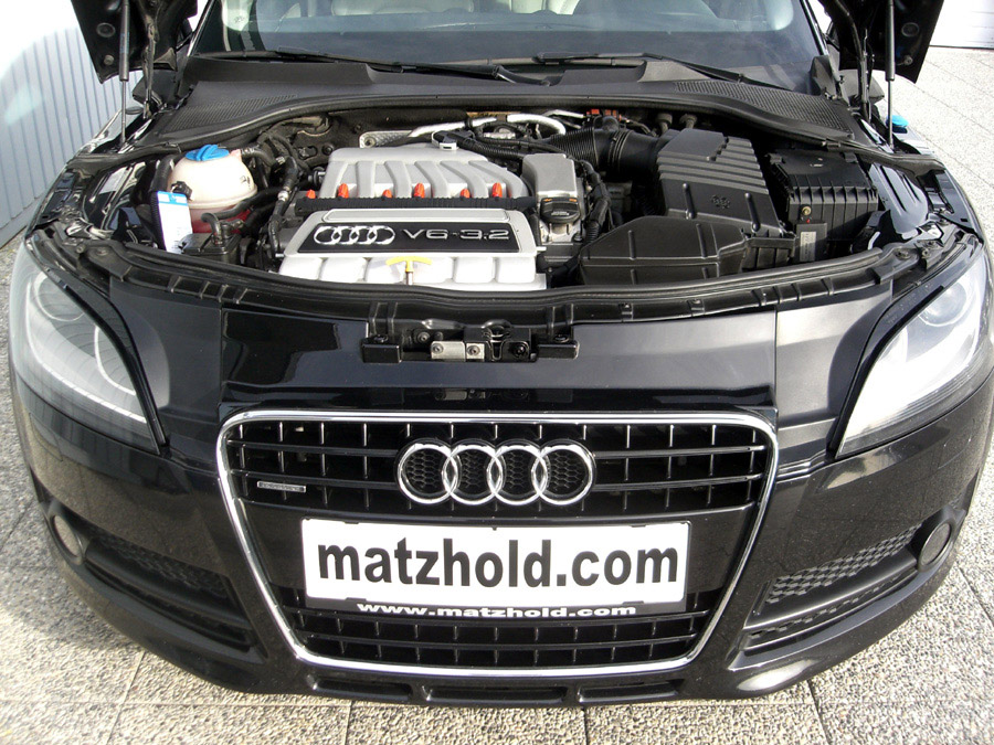 Audi-TT-Coupé-3.2-V6-S-tronic-quattro-2006-5