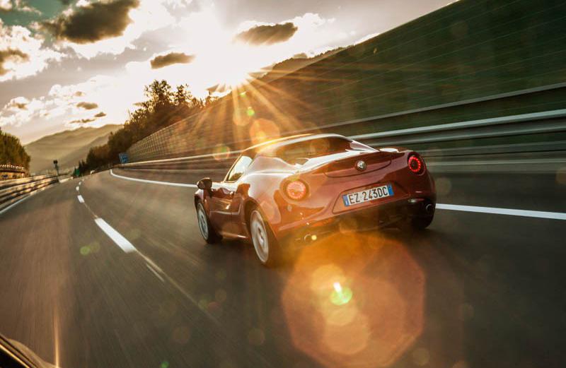 Sammelfoto #2: Alfa Romeo 4C Spider