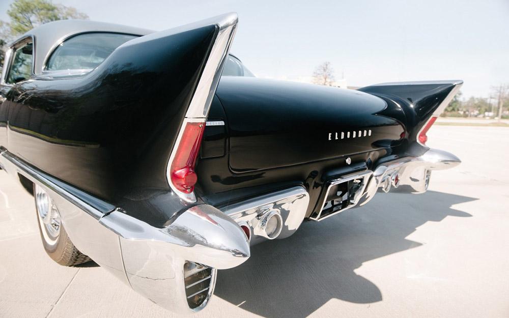 Cadillac-Eldorado-Brougham-20