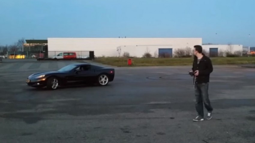 Diese Corvette C6 ist komplett ferngesteuert
