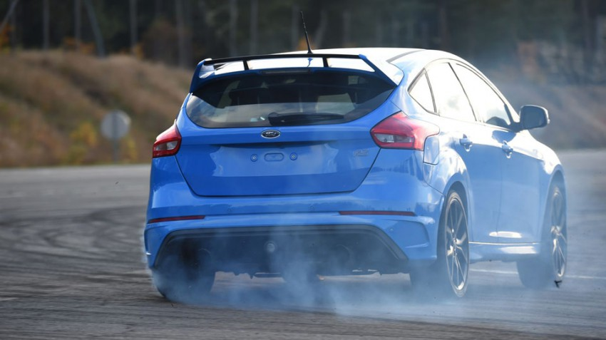 Ford-Focus-RS-(103)