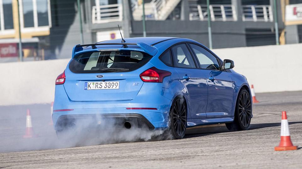 Ford-focus-rs-2016-technik-9