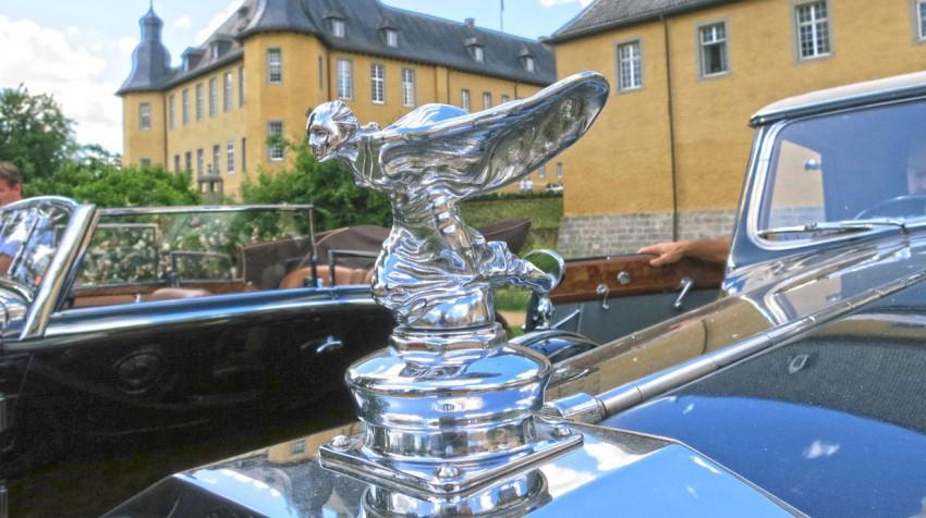 Rolls-Royce-Kneeling-Lady-Charles-Sykes-1934-bis-1956