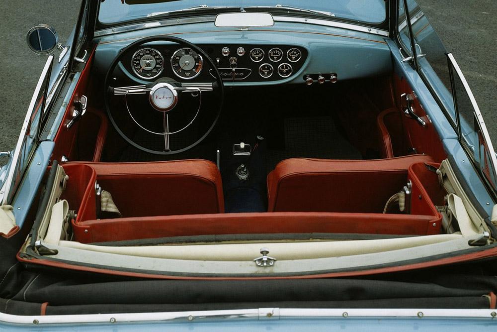Volvo P1900 interieur armaturenbrett lenkrad sitze