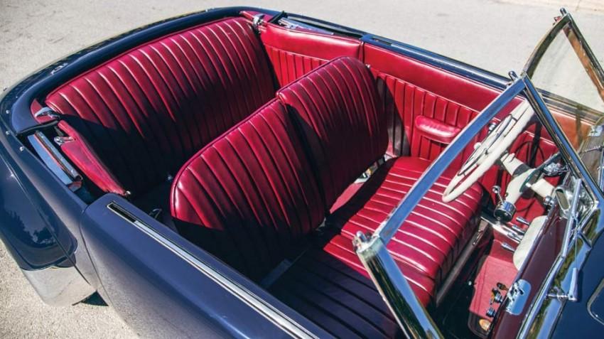 1937-Cord-812-Supercharged-Phaeton-(20)