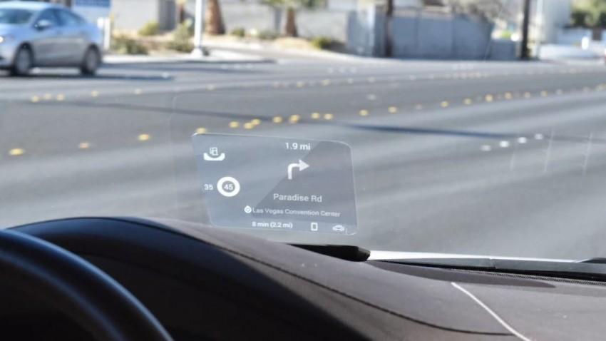 Futuristisches Head Up-Display für jedes Auto
