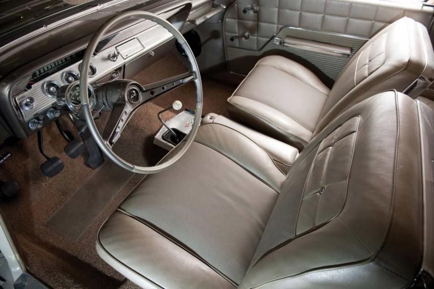1962-Chevrolet-Lightweight-Impala-SS-409