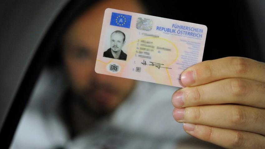 Ab sofort gibt's 1.800 neue Führerscheinfragen