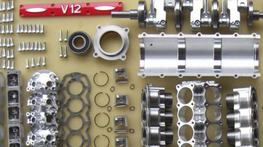 V12-Motor-Bausatz (4)