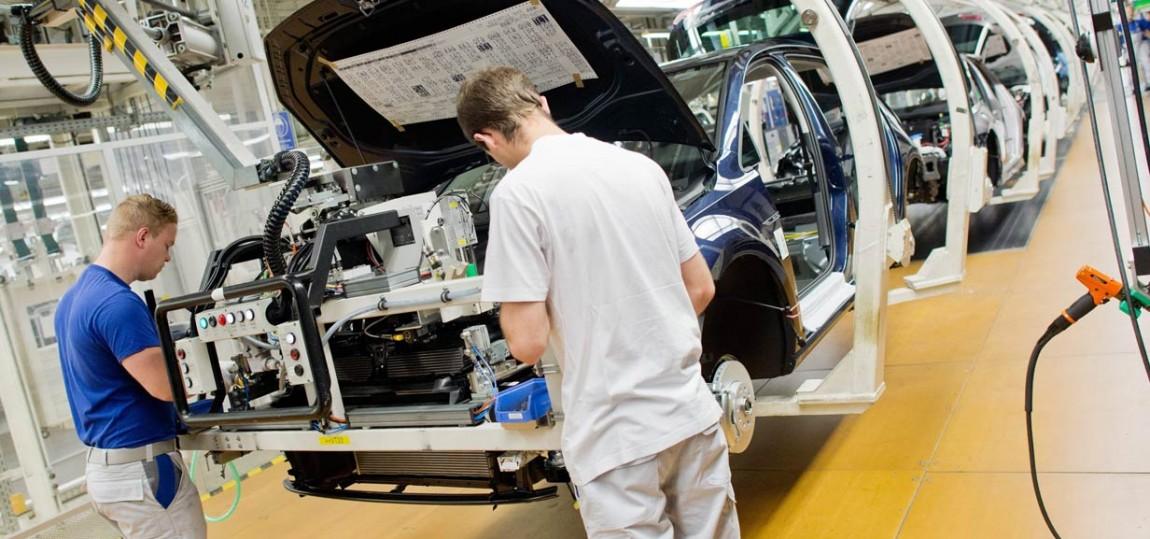 VW-Arbeitern geht's ans letzte Hemd