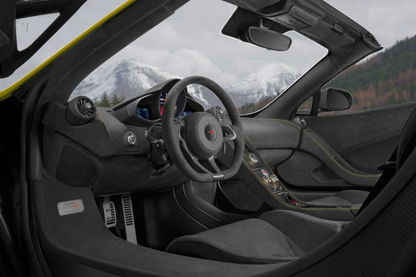 McLaren-675LT-Spider-(115)
