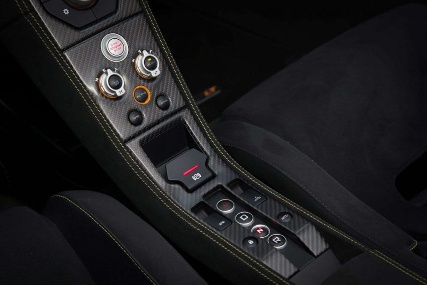 McLaren-675LT-Spider-(118)