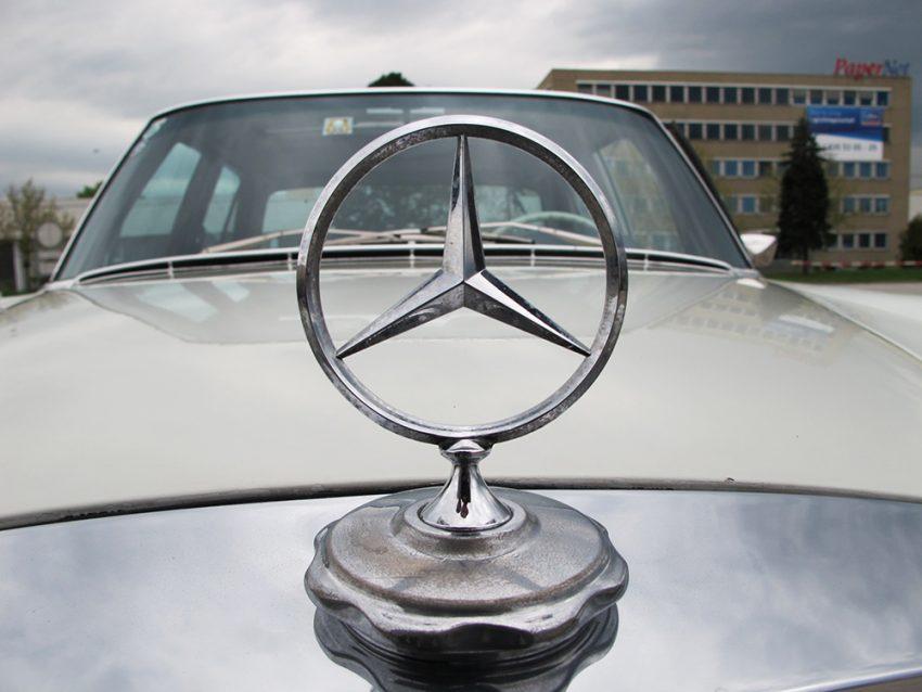 Mercedes 280 SE 3.5 10