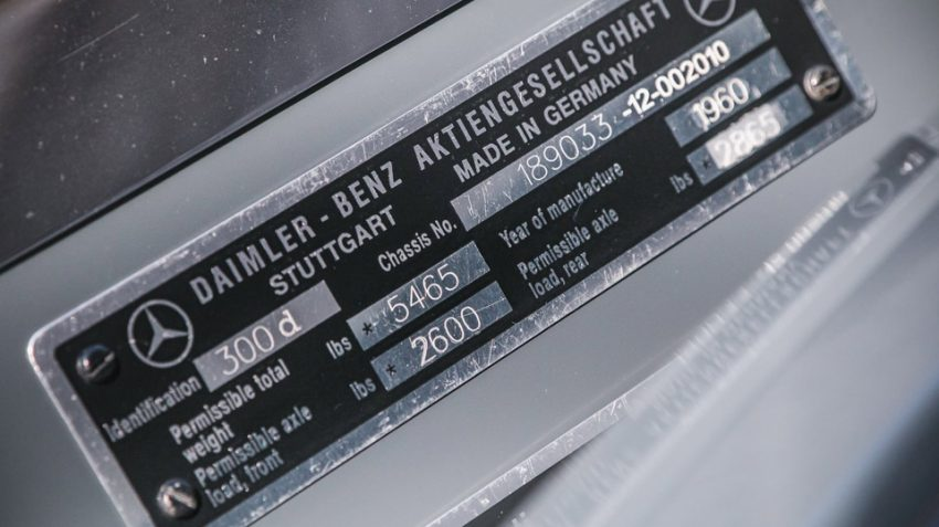 Mercedes-300-d-Cabriolet-(8)