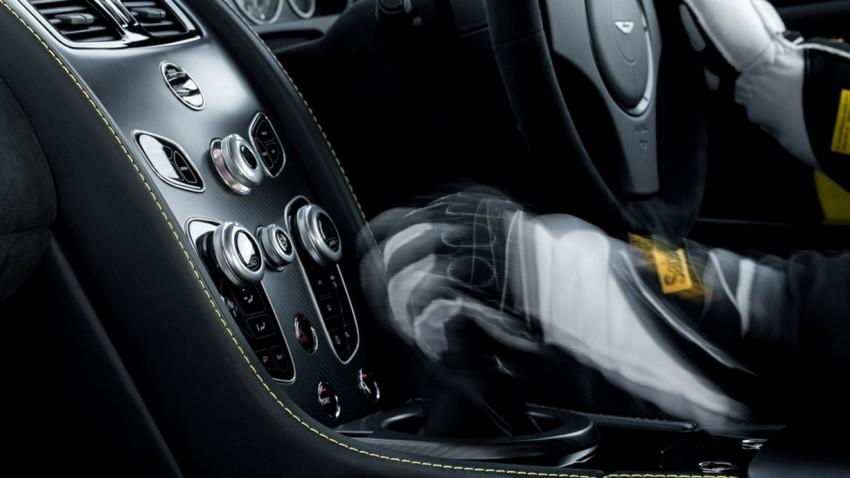 Aston Martin V12 Vantage S: Endlich manuell schalten!