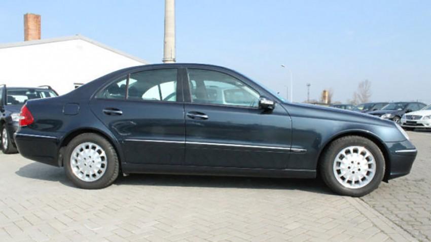 Mercedes E240  Elegance 5-G Automatik