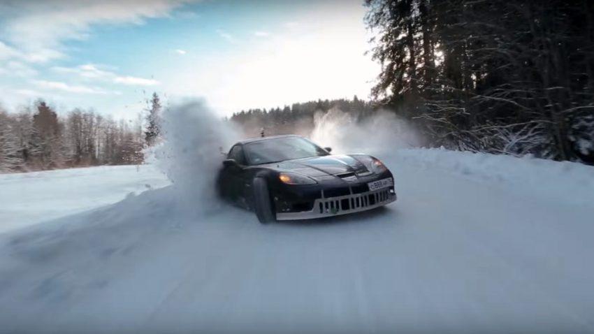 Synchron-Drift im Schnee