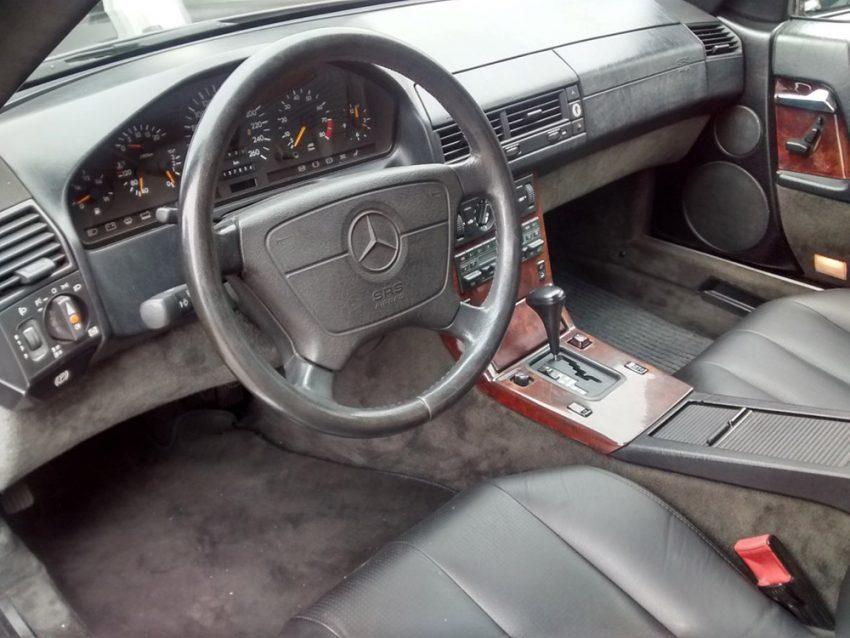 Mercedes-300-sl-1993-2