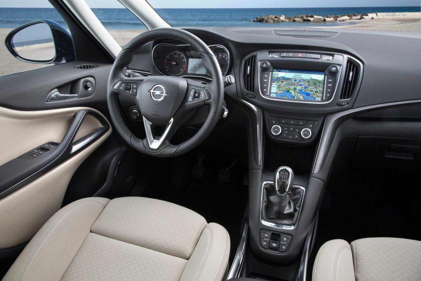 Opel-Zafira-2016-(5)