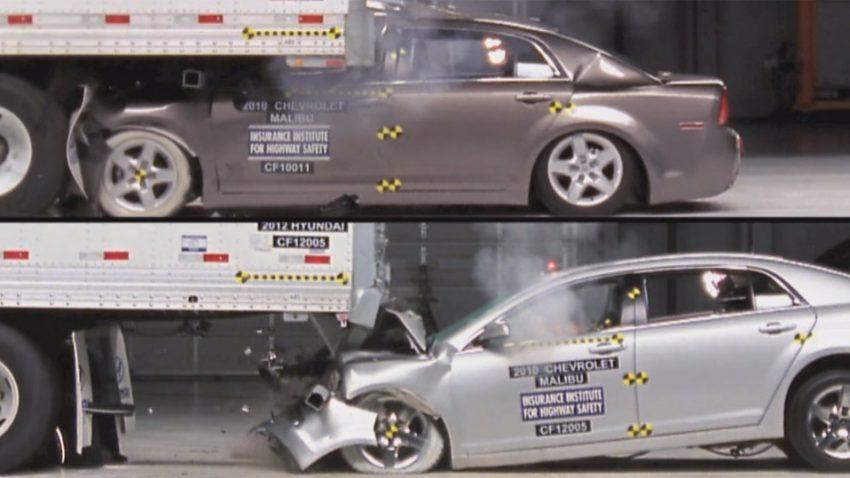 Wie wichtig der Unterfahrschutz ist, zeigt dieser Crashtest