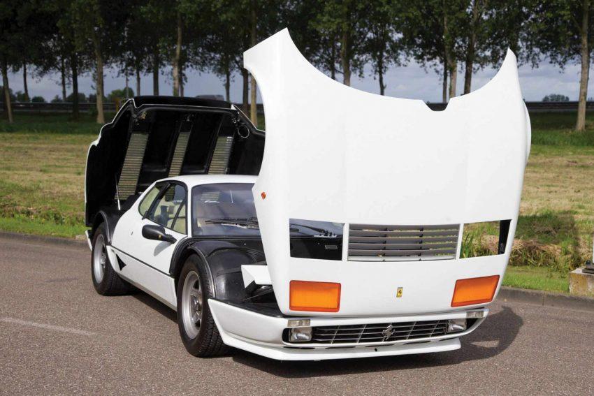 1982-Ferrari-512-BBi (11)
