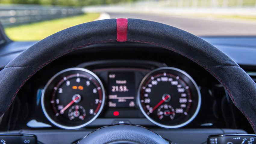 Fahrbericht-VW-Golf-GTI-Clubsport-S-2016 (10)