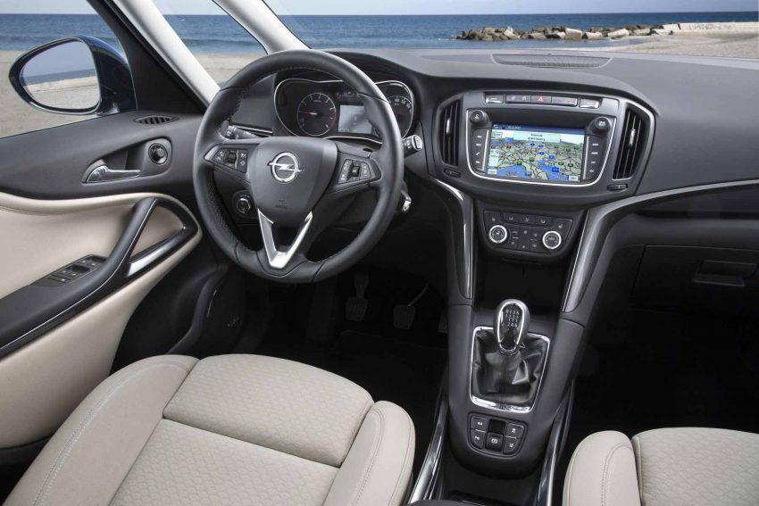Opel-Zafira-2016 (15)