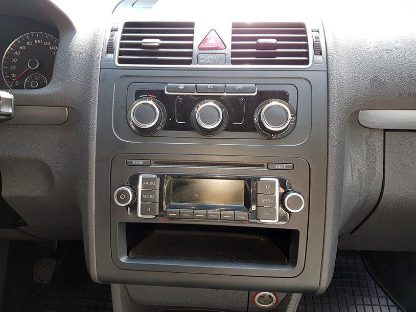 VW-Touran-tdi-2012-8
