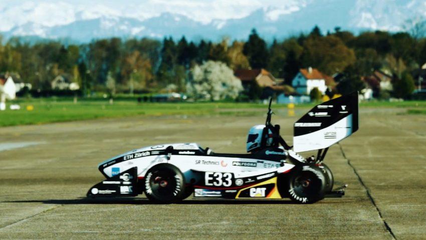Von Studenten gebautes Auto bricht Beschleunigungs-Weltrekord