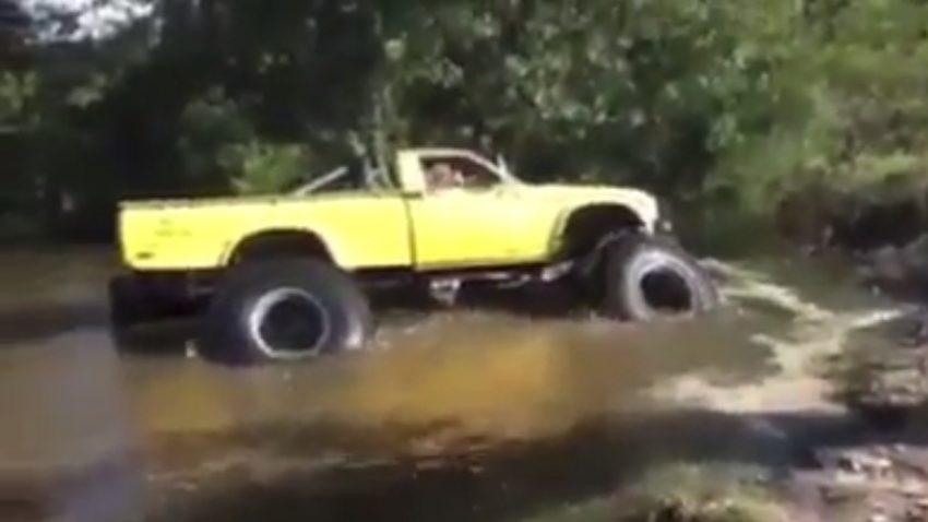 Sumpf frisst Pickup