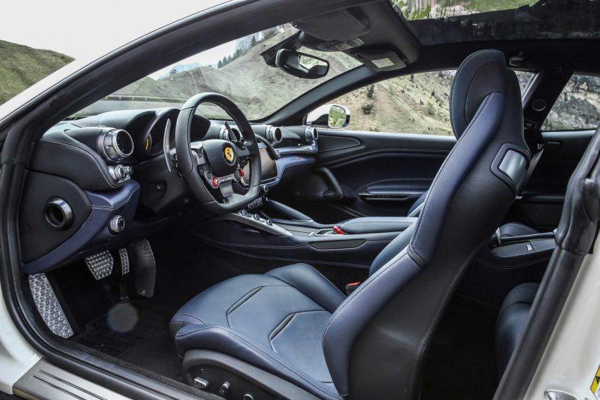Ferrari-GTC4Lusso (22)