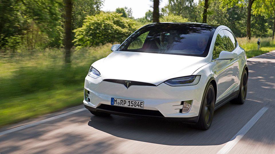 Tesla Model X 2016 vorne seite front außen exterieur
