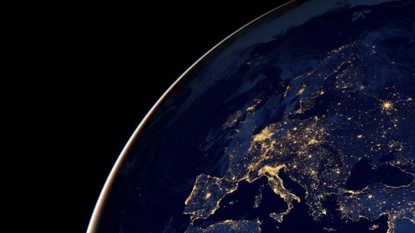 Unterwegs mit dem Auto: Reise- und Länder-Infos für Europa