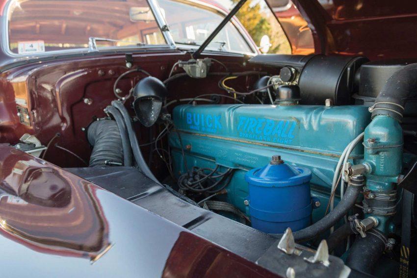 1947-Buick-Roadmaster-Estate-Wagon (12)