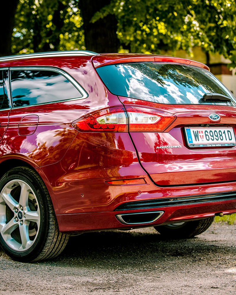 Ford-Mondeo-Traveller-Szemes-12