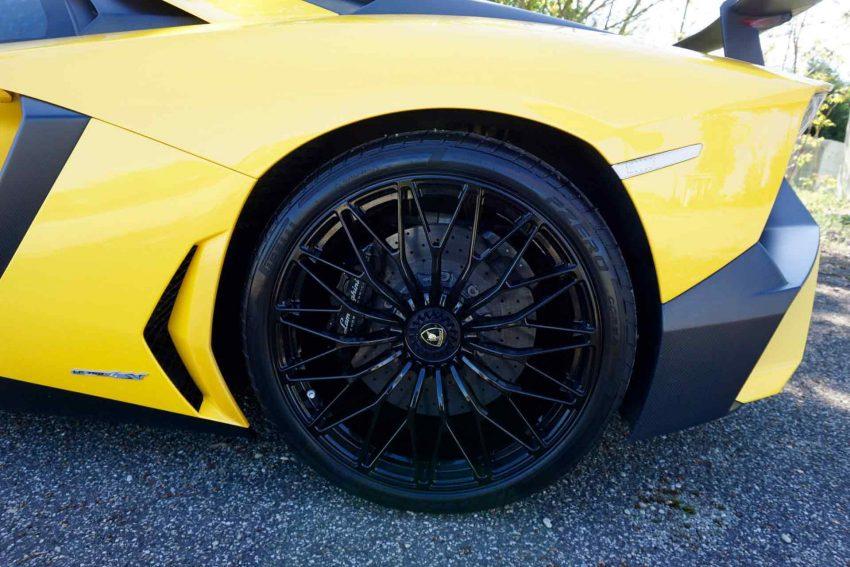 Lamborghini-Aventador-SV (12)