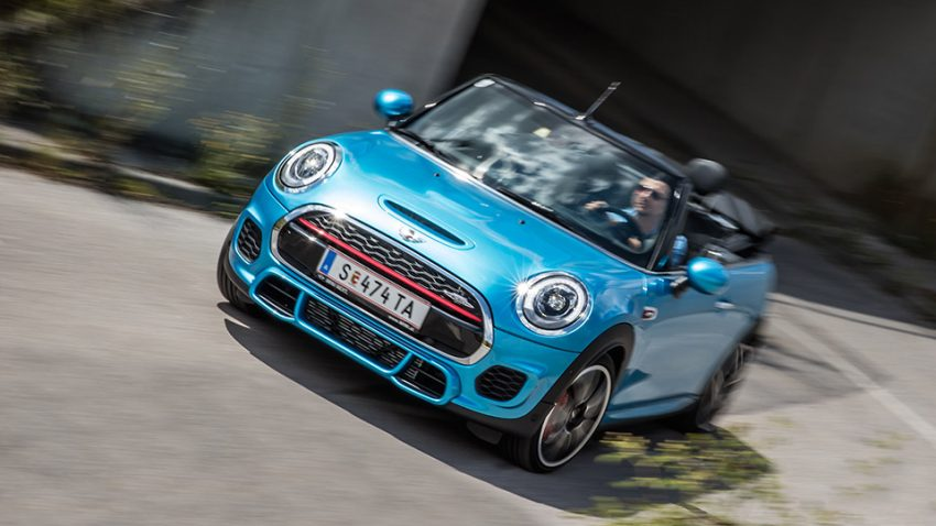 Mini John Cooper Works Cabrio: Aug' um Aug'…