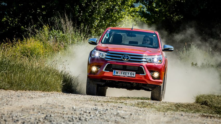 Toyota Hilux: Komme, was wolle!