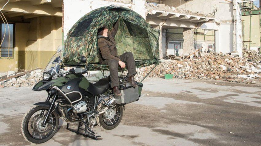 Mobed: Zelten AUF dem Motorrad