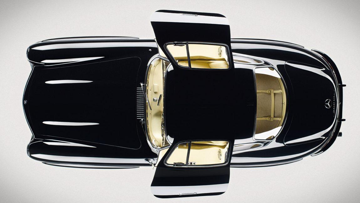 black-beauties-iconic-cars-3