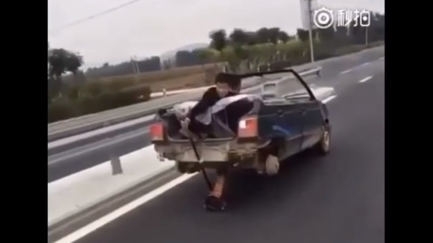Wer braucht Hinterräder, wenn er einen Wagenheber hat?