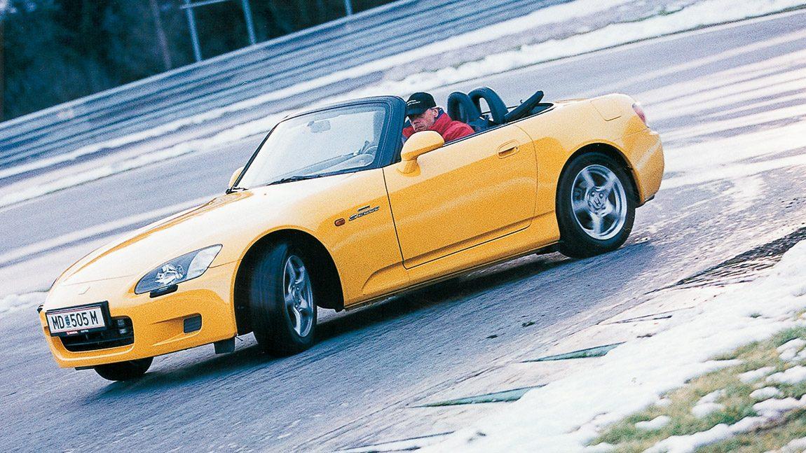 Honda S2000: Gas statt lenken