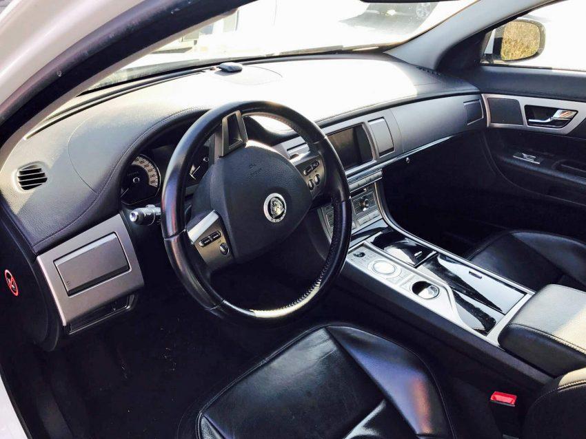 gebrauchtwagenmarkt jaguar xf 3 0 diesel luxury zum verkauf. Black Bedroom Furniture Sets. Home Design Ideas