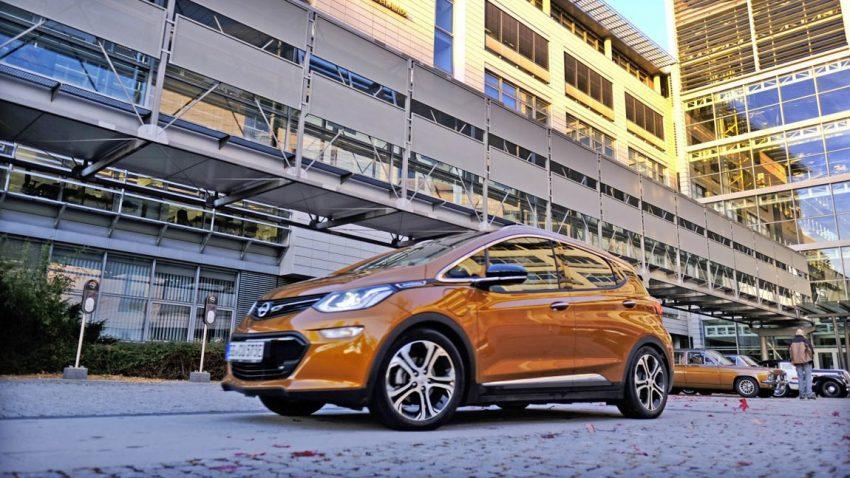 Opel Ampera-e: Bewegte Sitzprobe