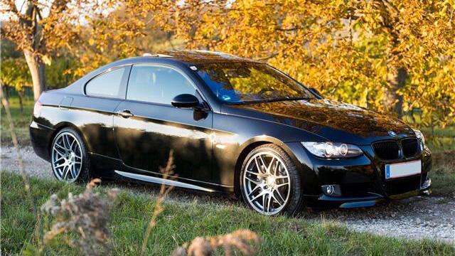 BMW 335i Coupé Aut. E92