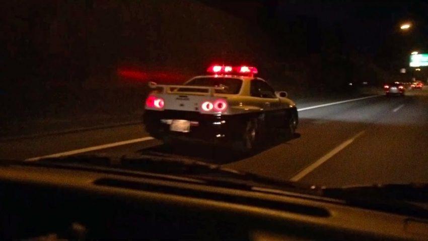 skylinegtrpolizeiauto