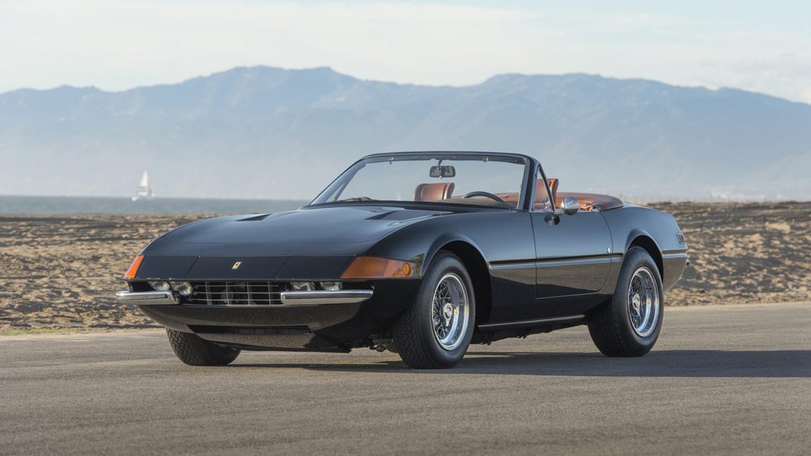 Classic Car Ferrari 365 Gts 4