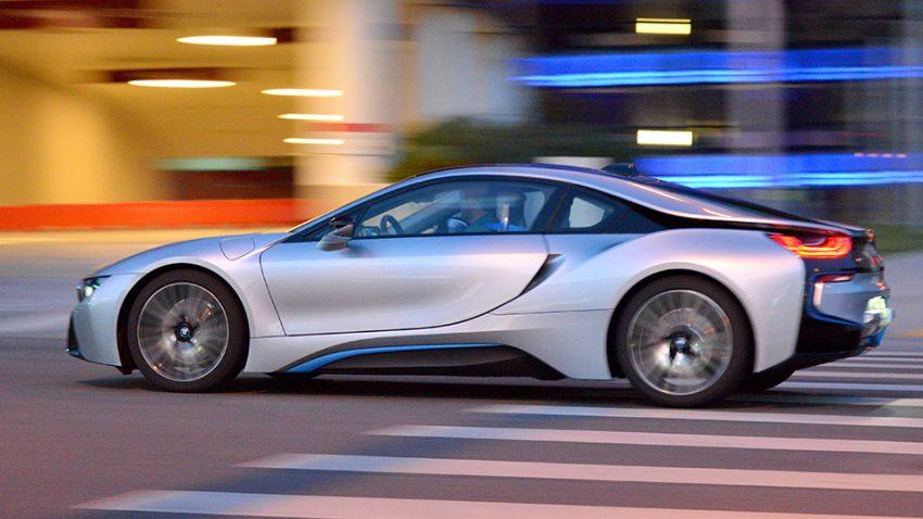 BMW i8: Freude am Posen