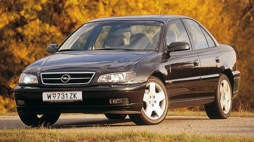 Opel Omega Executive 3,0 V6: Main-Steam